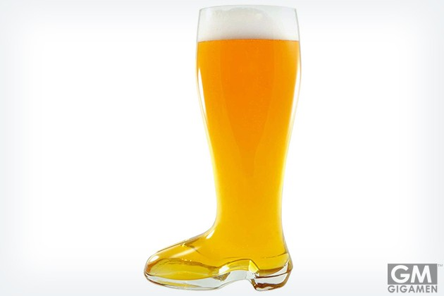 gigamen_Two_Liter_Beer_Boot01