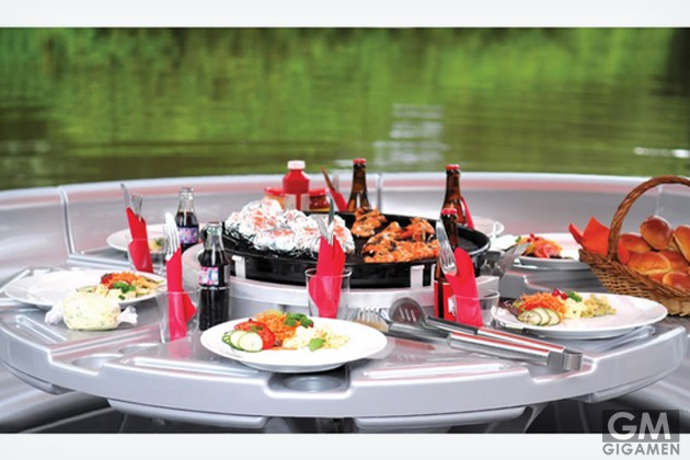 gigamen_Barbecue_Dining_Boat01