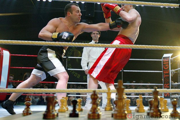 gigamen_chess_boxing