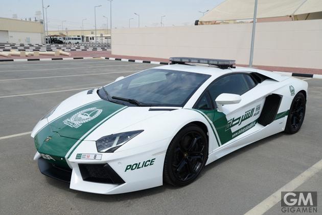 gigamen_Lamborghini_Aventador_police