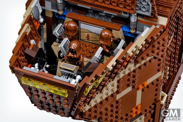 gigamen_Lego_Star_Wars_Sandcrawler01