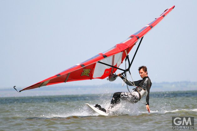 gigamen_Kitewing02