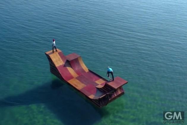 gigamen_Floating_Skate_Ramp_on_Lake02