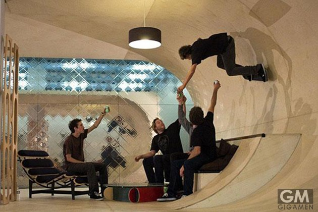 gigamen_Skateboard_House