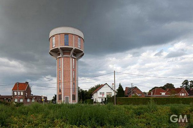 gigamen_water_tower_house