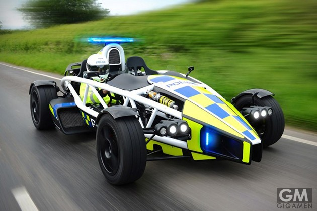 gigamen_Ariel_Atom_police_car