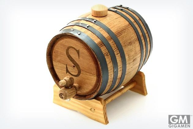 gigamen_Personalized_Oak_Whiskey_Barrel