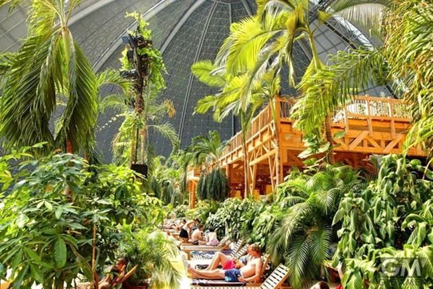 gigamen_Tropical_Island01