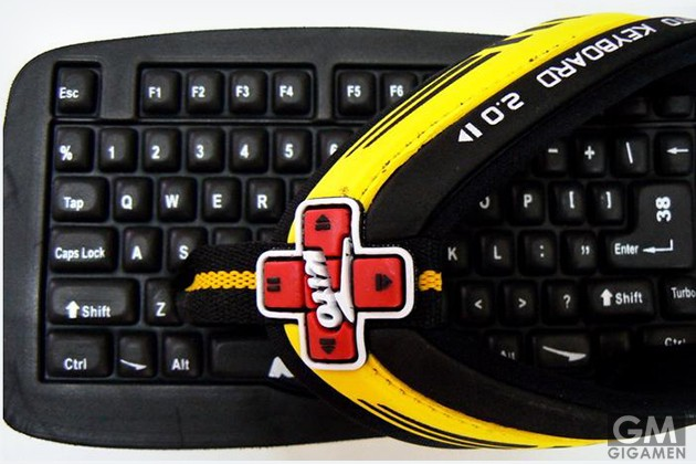 gigamen_Keyboard_Slippers02