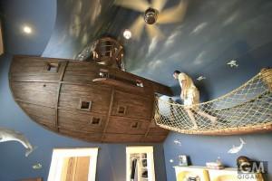 これはガチで男の隠れ家だわ 海賊船ベッドルーム