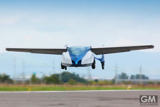 gigamen_AeroMobil01