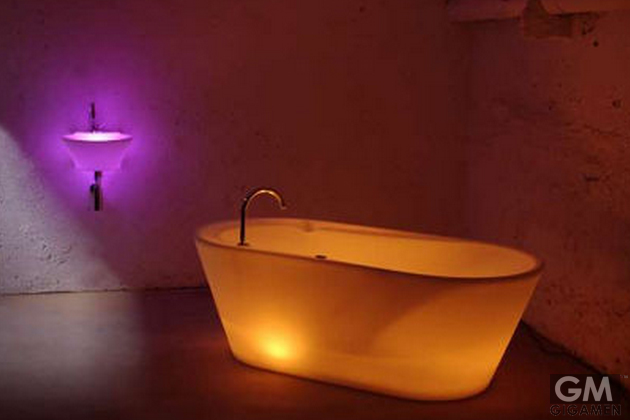 gigamen_Illuminated_Bath_Tub02