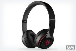 「Beats Solo2 Wireless」かなりイケてるヘッドホンです
