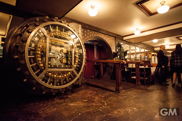 gigamen_Trinity_Place_Bank_Vault_Bar01
