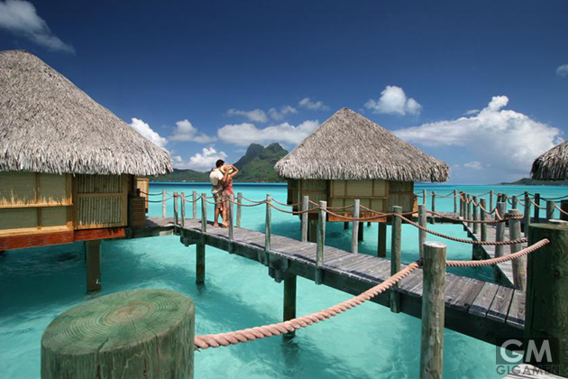 gigamen_Most_Exquisite_Overwater_Villas03
