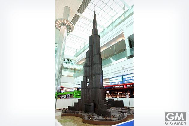 gigamen_worlds_tallest_structure_in_chocolate01
