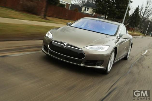 gigamen_Tesla_Model_S_70D01