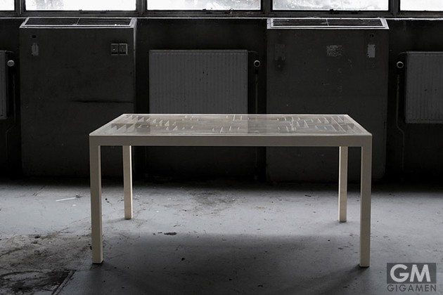 gigamen_Labyrinth_Table02
