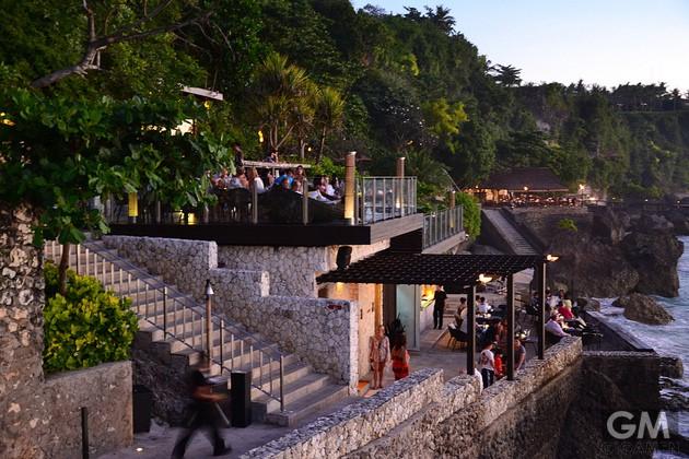 gigamen_Rock_Bar_Bali01