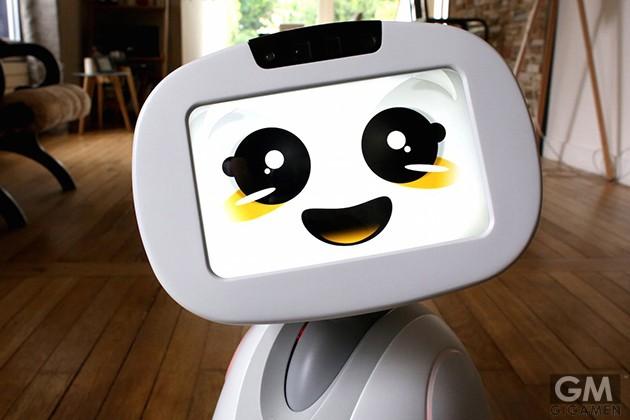gigamen_Social_Robot_Buddy01