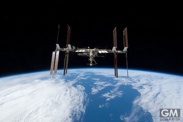 gigamen_international_space_station_gadgets_latter04jpg