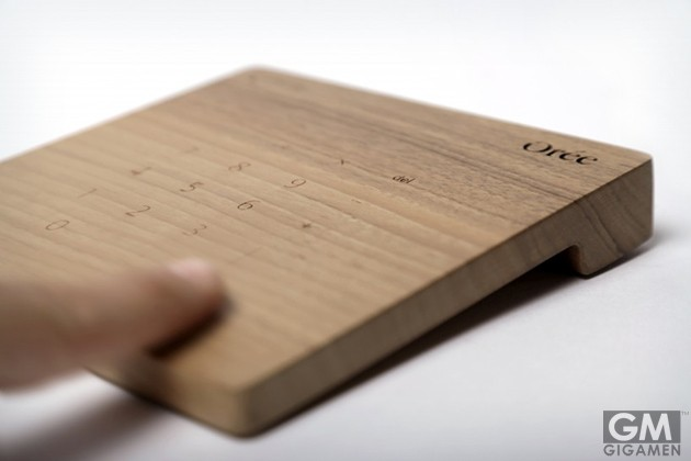 gigamen_Wood_Keypad_Trackpad01