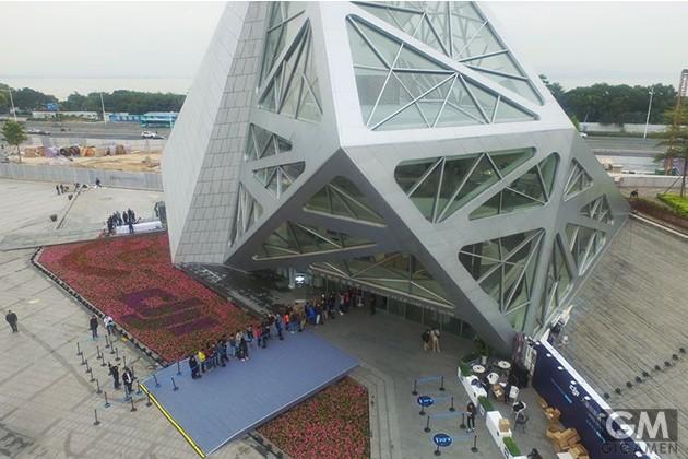 first-drone-store-shenzhen01